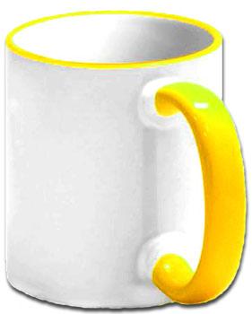 Чашка с желтой ручкой и ободком